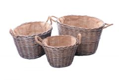 Log Baskets with Hessian Lining